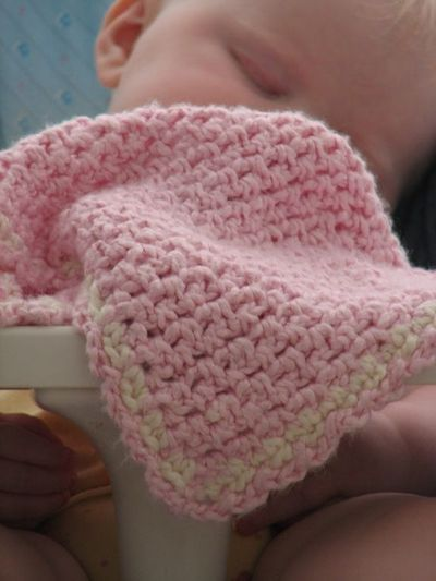 Free Pattern Crochet Lovey : Lovey blanket free crochet pattern / crochet ideas and ...