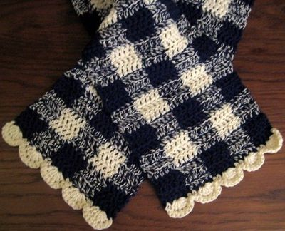 Free Crochet Pattern Scallop Scarf : Gingham Scarf with Scalloped Edge ~ free pattern / crochet ...