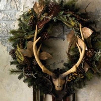 Shabby chic christmas wreath with antlers christmas xmas for Antler christmas wreath