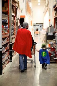 Redditor resgestae, who always has his camera with him, captured this awesome moment while shopping at a Home Depot. He titled his photo, �€œI know a good dad when I see one.�€ We couldn't agree more. [via Neatorama]. Love this!!