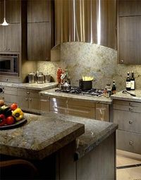 Warm, Modern, & Gorgeous Granite and Backsplash