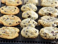 Chocolate Chip Cookie Face Off