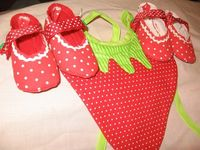Etsy Baby bib and shoe set - strawberry $20