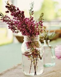 Magenta baby's breath, so pretty! Julie Cate Photography.