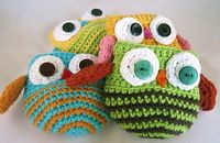 Ravelry: pickos' Owl apple cozies.
