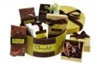 Send best Romance chocolate gift baskets to your sweet heart in this Romantic days�€�