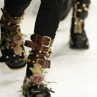 boots, buckles AND flowers!