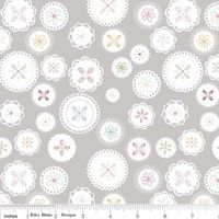 Lori Holt - Polka Dot Stitches - Doily in Gray