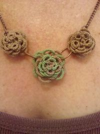 Jewelry: Rose Garden Necklace
