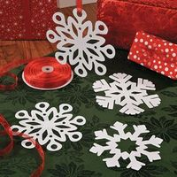 Snowflake Cut Outs - Free Christmas Recipes, Coloring Pages for Kids & Santa Letters - Free-N-Fun Christmas