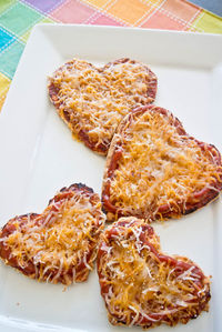 Heart Shaped Pizza: This is the perfect Valentine's Day snack!