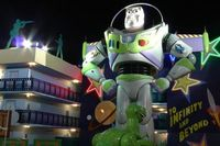 Buzz Lightyear Statue at Disney's All-Star Movies Resort. http://www.buildabettermousetrip.com/images/wdw/ValueAllStarMovies/index.htm