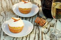 Champagne Cupcakes for two.