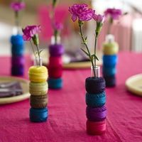 thread used as vases... how cute!