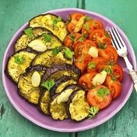 Tomato Eggplant Salad - Very simple salad, perfect for a detox week!