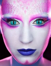that's a piece of art! Katy Perry, make up by Kabuki