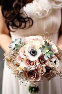 Vintage looking bouquet with burlap wrapping