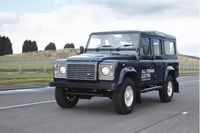 Land Rover Defender All-Terrain Electric - Green SUV
