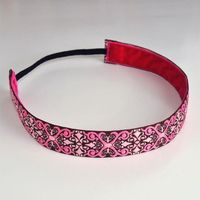 so cute.need this, i always wear headbands and they slip off...