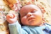 Seven keys to creating a successful baby sleep, feeding, and play schedule
