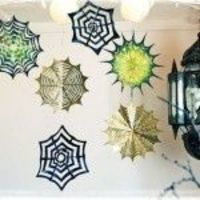 Make paper spider webs