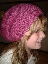 Slouch hat free knitting pattern.